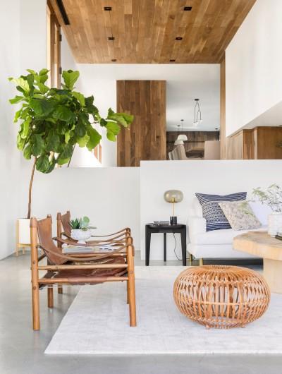Emily-Henderson-Corbette-Crypton-70s-Modern-Makeover-Living-Room-30