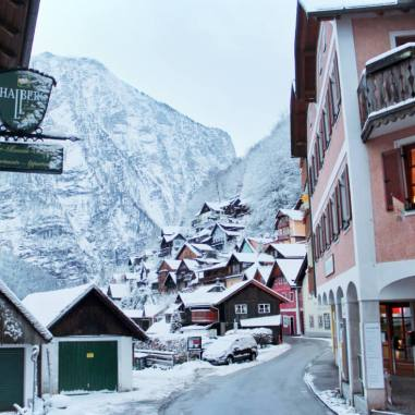 Hallstatt-Austria-in-the-Winter-Exploring
