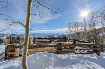 On-Mountain-Decks-Beaver-Creek